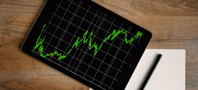 Crypto Valuations Are Falling: 90-Day Trend Shows How Altcoins Bear the Brunt